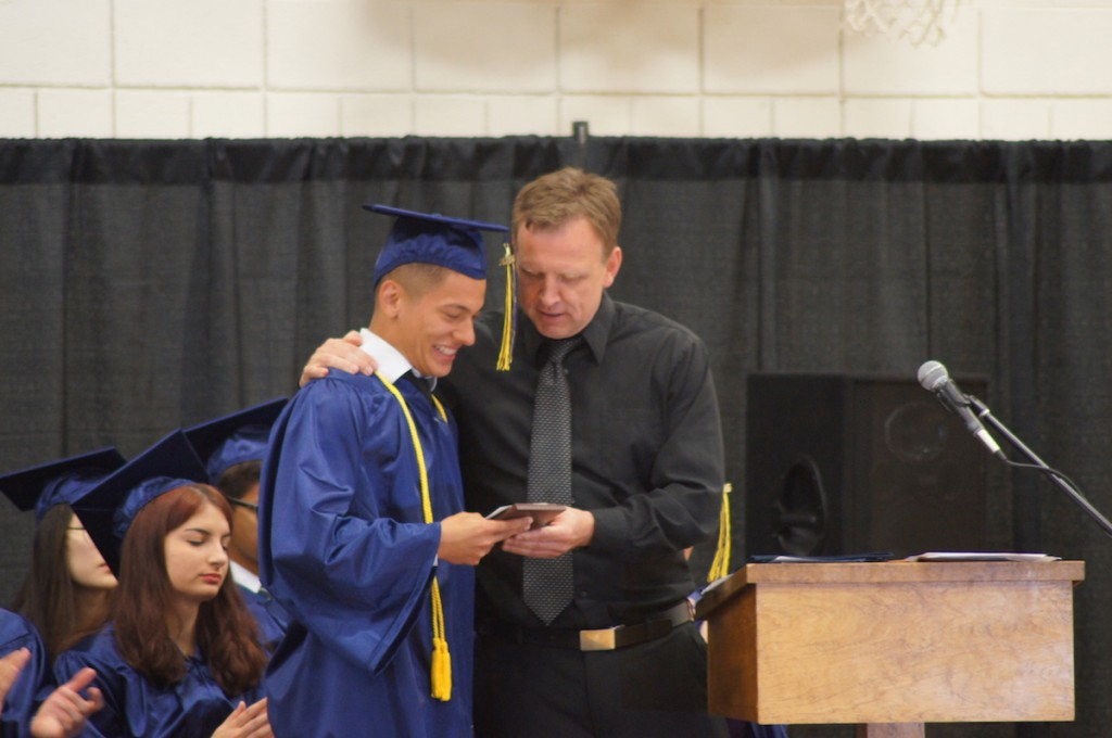 private high school, senior gets award, CCA, Canyonville, OR