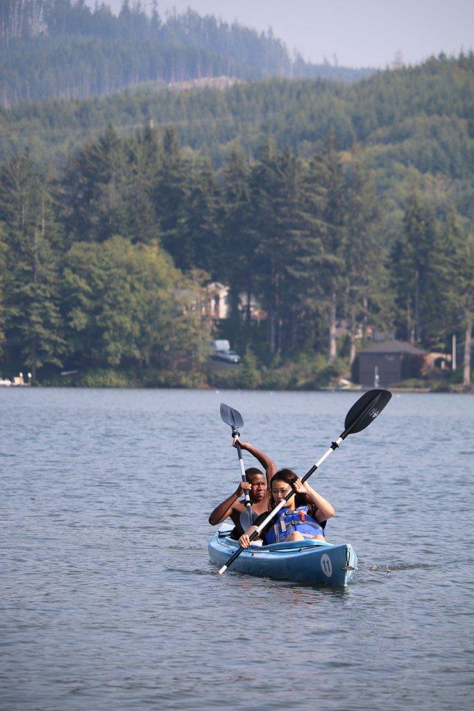 Christian Academy Student Leaders Kayak at Lake