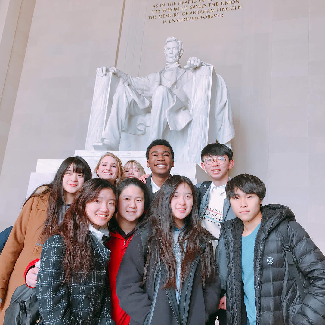 boarding students, from Canyonville Christian Academy, students visit the Lincoln Memorial, in Washington DC
