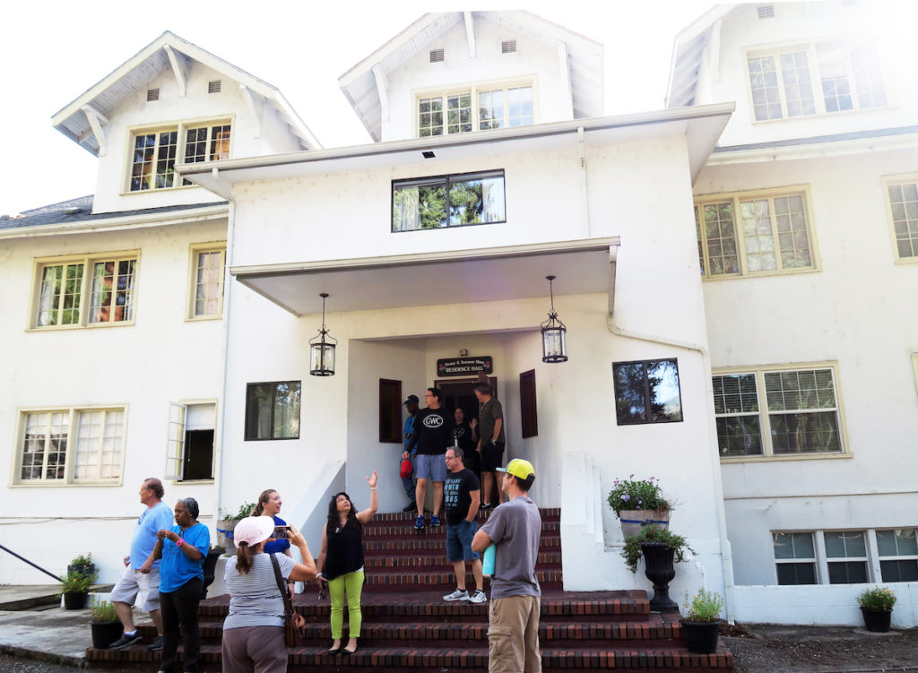 Greeneway Church volunteers, tour, Canyonville Academy, a Christian boarding school, girls dormitory, Hinn Hall, gets a huge cleanup